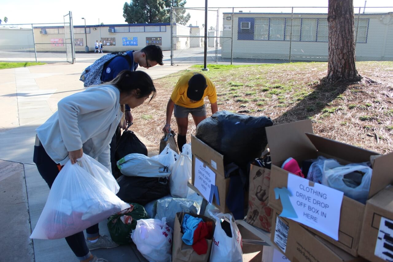 Thanks to the Acts of Kindness team for helping out San Diego's homeless